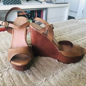 Brown Aldo Chunky Wedges. Size 7